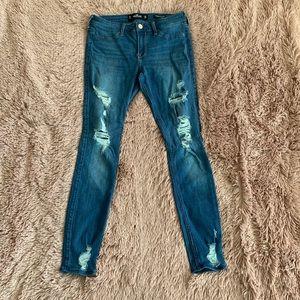 Hollister skinny jeans (distressed)